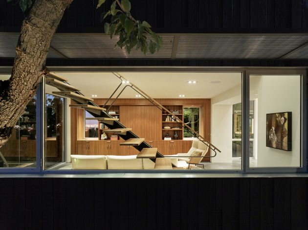 Shou Sugi Ban House By Schwartz And Architecture In Los