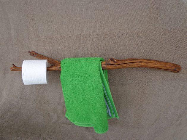 15 Amazing Handmade Rustic Towel Rack Designs For Your