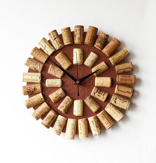 15 Awesome Handmade Decorations Made Out Of Cork Wood