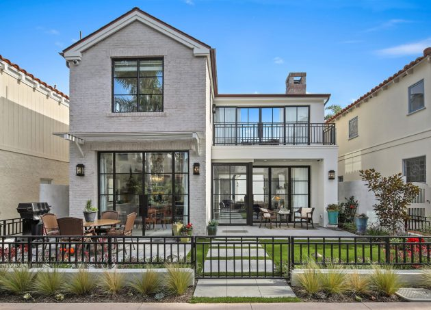 15 Mesmerizing Transitional Exterior Designs That Will Stun You