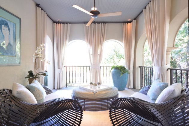 15 Snug Transitional Porch Designs For The Upcoming Summer