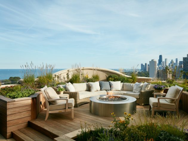 15 Stunning Transitional Deck Designs You'll Love Right Away