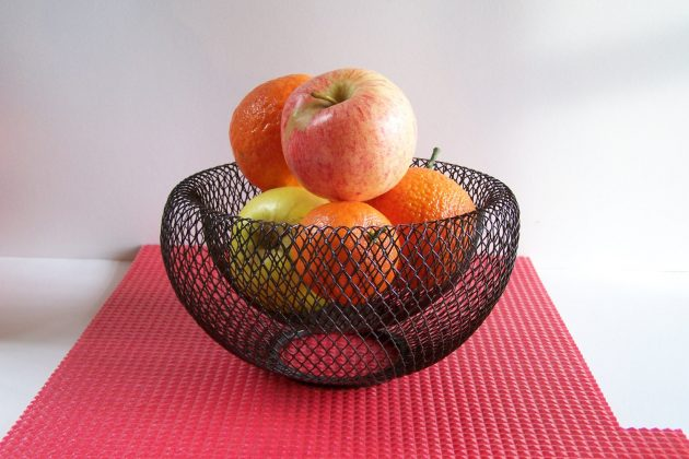 16 Stunning Handmade Fruit Bowl Designs For Spring Table Decor