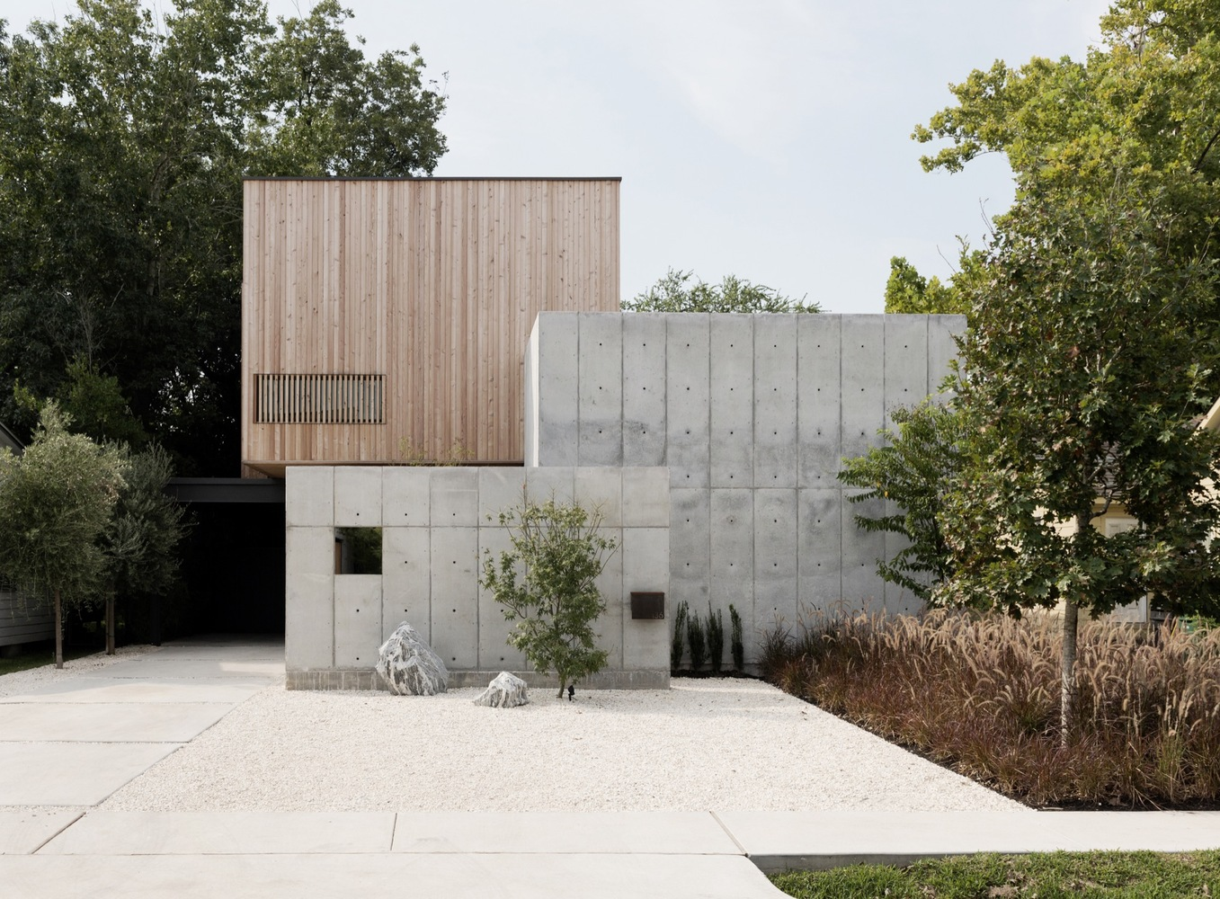 Concrete Box House By Robertson Design In Houston Texas