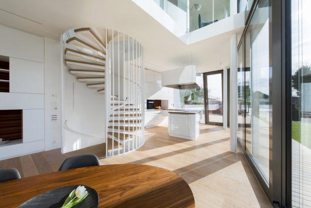 Flexhouse by Evolution Design in Meilen, Switzerland