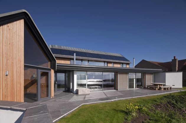 House in Elie by WT Architecture in Fife, Scotland