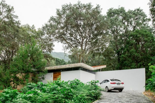 House in the Woods by COCCO Arquitectos in Jalisco, Mexico