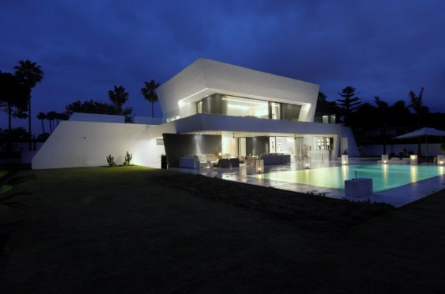 Sotogrande House by A cero in Cadiz, Spain