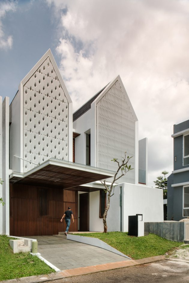 Spouse House by Parametr Architecture in Jakarta, Indonesia
