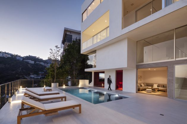 Sunset Plaza Drive by GWdesign in Los Angeles, California