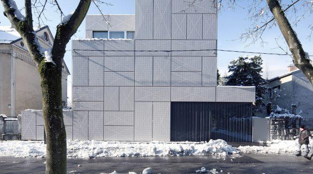 Villa Criss-Cross Envelope by OFIS Architects in Ljubljana, Slovenia