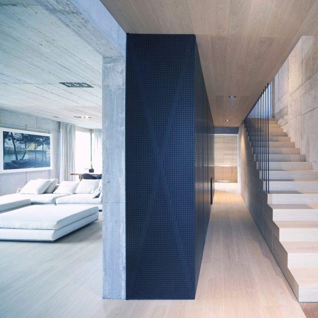 Villa Criss Cross Envelope by OFIS Architects in Ljubljana, Slovenia