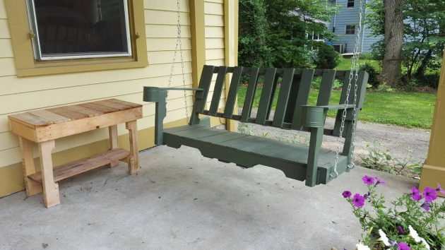 15 Creative & Practical Handmade Pallet Wood Furniture For The Outdoors