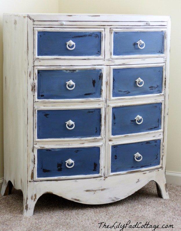 15 fabulous diy chalk paint ideas for your furniture - Chalk paint dresser ideas ...