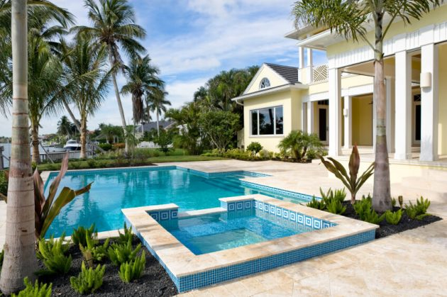 17 Delightful Ideas For Designing Backyard Swimming Pool