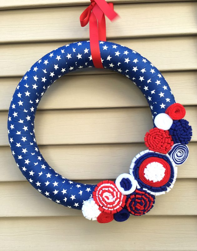 16 Patriotic Handmade Wreath Designs For 4th of July