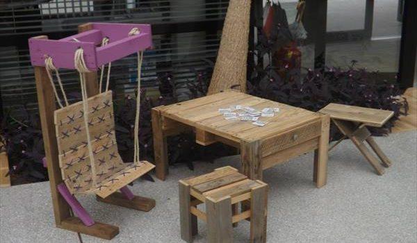 15 Extraordinary Ways To Transform Pallets Into Kids Furniture