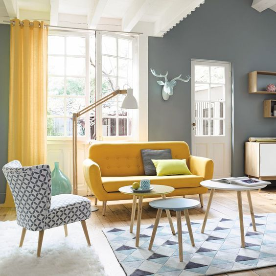 16 Captivating Interiors With Yellow Accents That Will Delight You