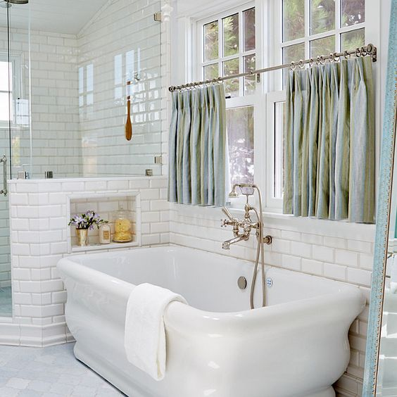 Choosing Properly Bathroom Window Curtains