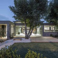 Bare House by Jacobs-Yaniv Architects in Herzliya, Israel