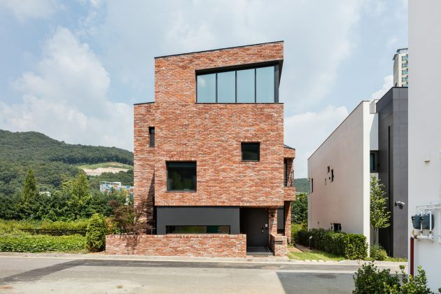 L House by aandd in Pangyo, South Korea