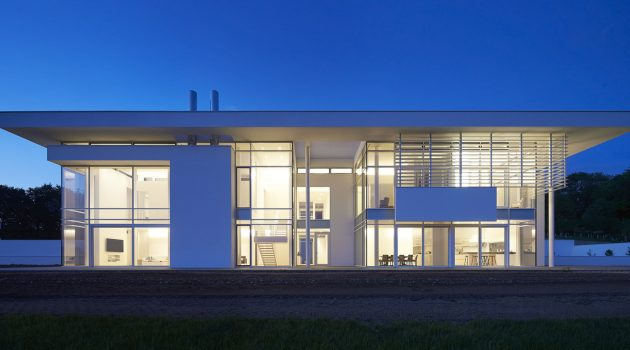 Oxfordshire Residence by Richard Meier & Partners in Oxfordshire, UK
