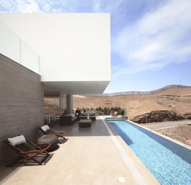 Poseidon House by Domenack Arquitectos in Lima, Peru
