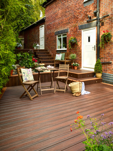 15 Bespoke Contemporary Deck Designs To Improve Your Backyard