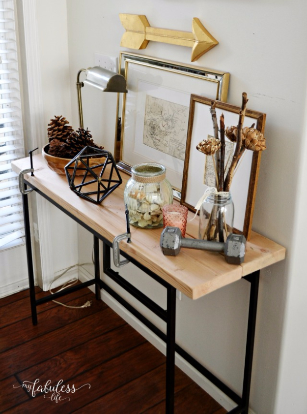 15 Practical And Decorative DIY Ideas For Your Entry