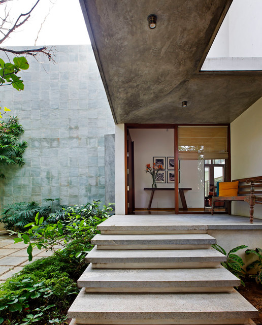 16 Fascinating Contemporary Entrance Designs That Will