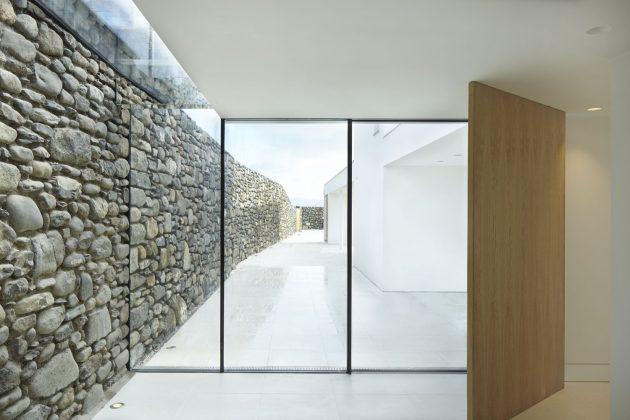 Cefn Castell by stephenson STUDIO in Criccieth, Wales