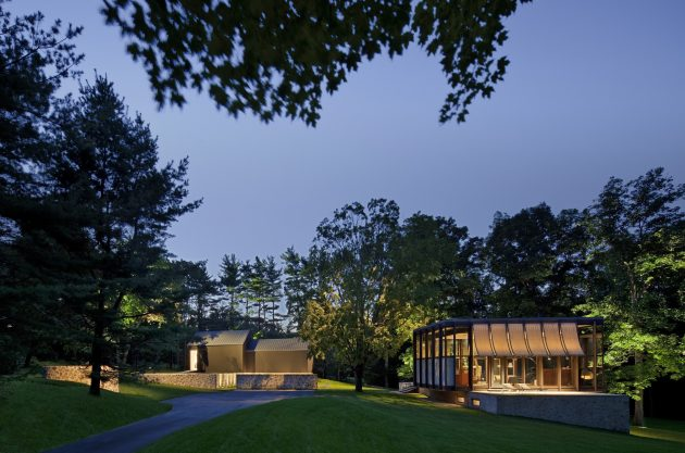 Country Estate by Roger Ferris + Partners in Connecticut, USA