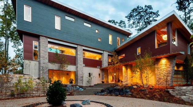 M-22 House by Michael Fitzhugh in Michigan, USA
