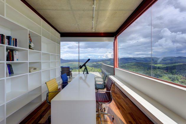 Nova Lima House by Denise Macedo Arquitetos Associados in Brazil