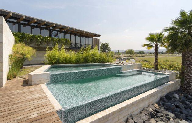 Palermo Lake House by Reims Arquitectura in Querétaro, Mexico
