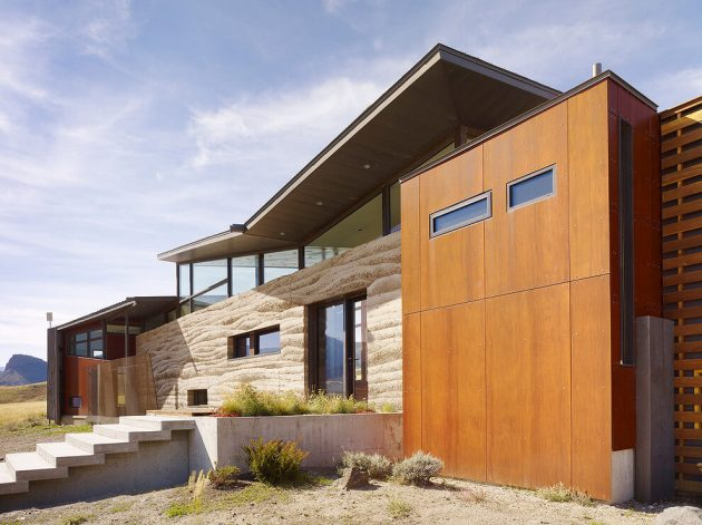 Wapiti Valley Residence by studioryker in Wyoming, USA