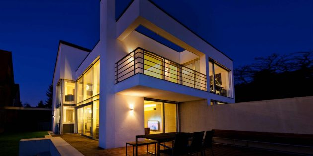 5 Essential Tips For Making Your House a Smart Home