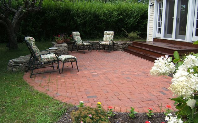 19 Excellent Ideas To Beautify Your Patio With Bricks on Backyard Brick Pavers id=39823