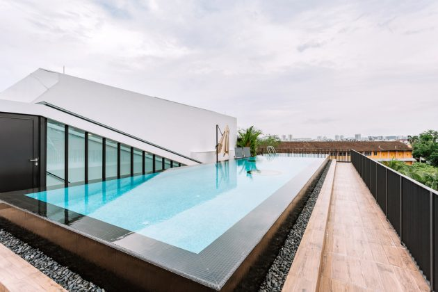 Spectacular Contemporary Swimming Pool Designs That Your Backyard ...