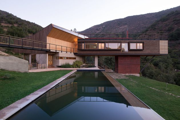 15 Spectacular Contemporary Swimming Pool Designs That Your Backyard Desperately Needs