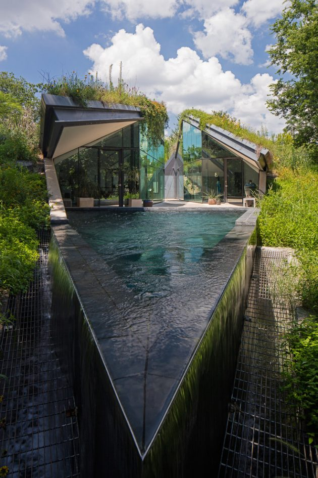 15 Spectacular Contemporary Swimming Pool Designs That