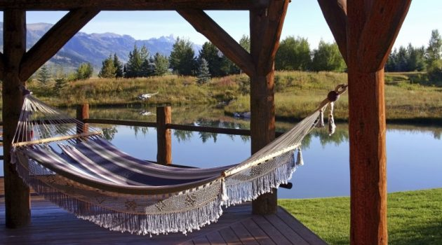 17 Attractive Hammock Designs That You'll Want To Have Immediately