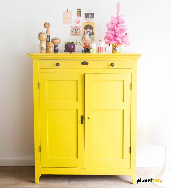 15 Outstanding Ideas To Refresh The Home With Re Painted Furniture