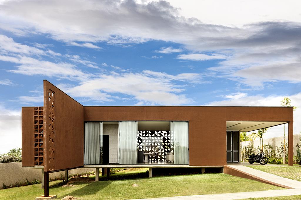 Casa clara by 1 1 arquitetura design in brasilia brazil - Modelo de casa modernas ...
