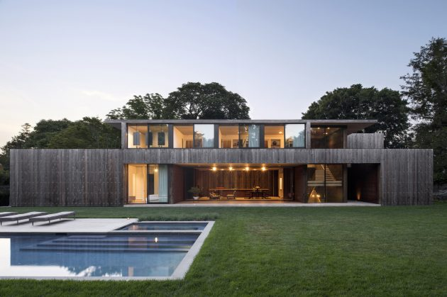 Elizabeth II by Bates Masi Architects in Amagansett, New York