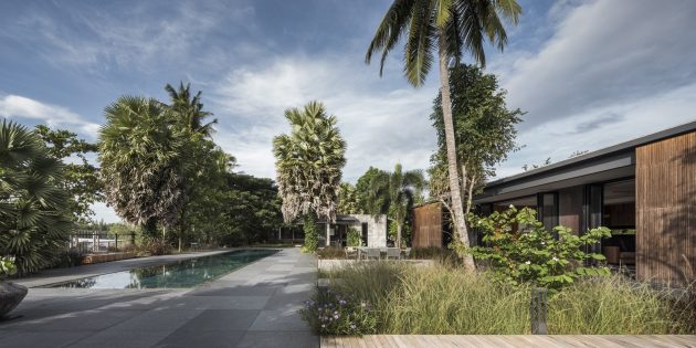 Flat Scape House by EKAR Architects in Bang Bai Mai, Thailand