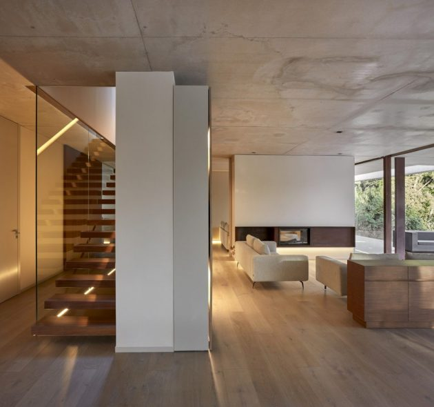 Home in the Pine Forest by Ramon Esteve Estudio in Valencia, Spain