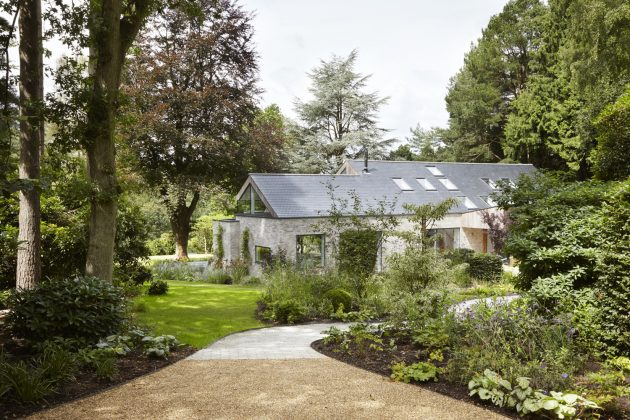 House in the Woods by Alma nac in Hampshire, England