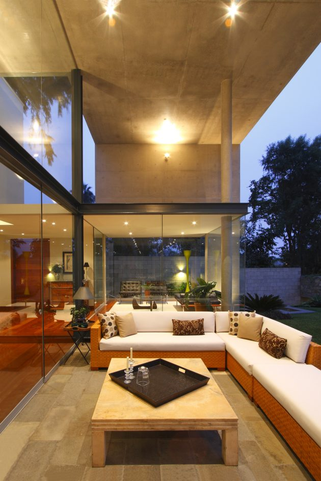 S House by Domenack Arquitectos in Lima, Peru