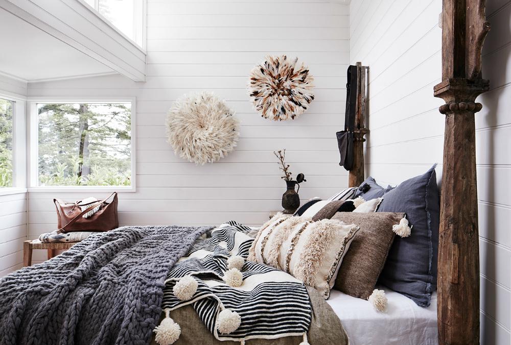 Bedroom Hardwood Floor Rug